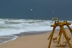使离开的现有量海岛母亲靠岸儿子指定风暴的海运 库存照片