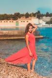 使舞蹈演员编辑可能的eps充分的夏威夷hula性感的妇女靠岸 免版税图库摄影