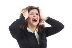 使荒凉的破产女实业家哭泣 免版税库存图片