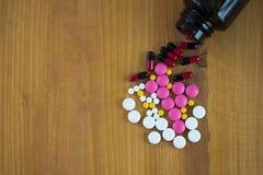 使药房被禁止的物质医学包装片剂服麻醉剂 免版税图库摄影