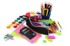 例证办公室学校用品向量 学校背景 色的铅笔、笔、被隔绝的痛苦、纸学校的和学生教育 图库摄影