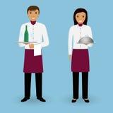 侍者和女服务员夫妇有盘的和一起一致的立场的 餐馆队 食品供应职员 免版税库存照片