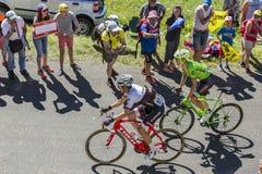 侏罗山两个骑自行车者-环法自行车赛的2016年 免版税库存图片