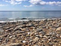 侏罗纪海岸,海滩 免版税库存图片