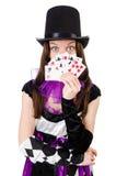 供人潮笑者服装的俏丽的女孩有卡片的 免版税库存图片