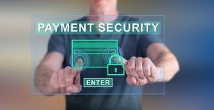 供以人员接触在触摸屏上的付款安全概念 免版税库存图片