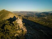 供徒步旅行的小道Penia圣迭戈鸟瞰图在巴伦西亚,西班牙 库存图片