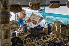 供营商在罗阿诺克市农夫市场上 库存图片