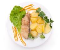 供食的鱼土豆 免版税库存照片