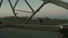 供以人员在桥梁的身分并且拍照片 股票录像