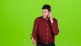 供以人员拨号盘一熟悉数字和起动谈话 绿色屏幕 影视素材
