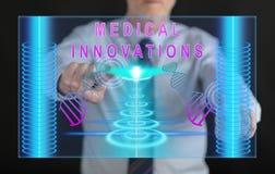 供以人员接触在触摸屏上的一个医疗创新概念 免版税库存图片