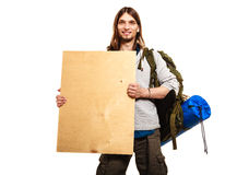 供以人员有空白的木拷贝空间广告的远足者背包徒步旅行者 图库摄影