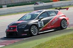 供以座位利昂欧洲杯子赛车 免版税图库摄影