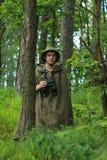 侦察员在森林里 库存图片