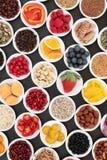促进心脏健康的健康饮食食物 免版税库存图片