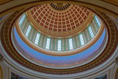 俄克拉何马状态国会大厦圆顶的天花板在奥克拉荷马市,好 免版税库存照片