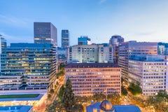 俄勒冈波特兰 在日落的市中心地平线 免版税图库摄影