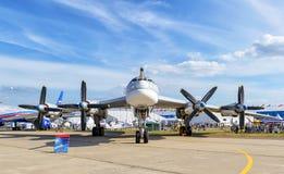 俄国人战略轰炸机图波列夫图-95 库存图片