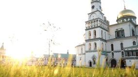 俄国人新耶路撒冷修道院全景射击在夏天晚上 影视素材