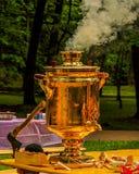 俄国俄国式茶炊 库存图片