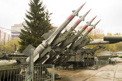 俄国军事四火箭发射器系统 免版税图库摄影