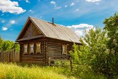 俄国农庄在村庄 库存照片