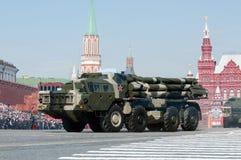 俄国多管火箭炮BM 30 Smerch 库存照片