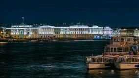俄国宪法立法机关timelapse的大厦,对彼得的纪念碑我,鲍里斯的名字的图书馆大厦  影视素材