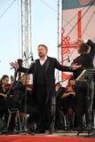 俄国普遍的演员,歌剧歌手鲍里斯pinkhasovich,男中音, Mikhailovsky剧院的星,俄罗斯 在露天舞台 免版税库存照片