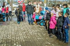 俄国民间冬天节日在2016年3月13日的卡卢加州地区 库存图片
