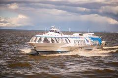 俄国水翼艇轮渡 库存图片