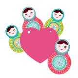 俄国玩偶matryoshka,桃红色蓝绿色颜色 卡片设计在白色背景的桃红色心脏 向量 免版税库存图片