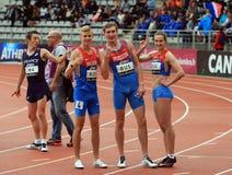 俄国田径运动队庆祝接力赛的第一个地方DecaNation国际室外游戏的2015年9月的13日 免版税库存图片