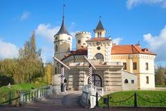 俄国皇帝保禄一世- Mariental的城堡在一晴朗的10月天 Pavlovsk 库存图片