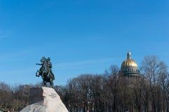俄国皇帝彼得大帝的纪念碑,叫作古铜色御马者,圣彼德堡,俄罗斯 库存图片