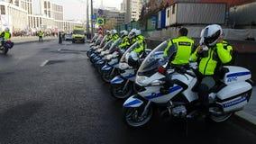 俄国路polis任命在街道上的队军官 股票录像