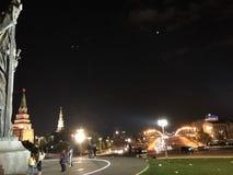 俄国首都莫斯科的中心在晚上 库存照片