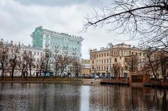 俄国 公园和湖在Chistye的Prudy莫斯科 2017年11月18日 库存图片