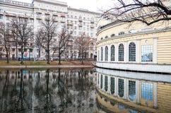 俄国 公园和湖在Chistye的Prudy莫斯科 2017年11月18日 库存照片