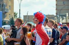 俄国 国际足球联合会在顿河畔罗斯托夫扇动在剧院正方形的费斯特 2018年7月01日 免版税库存图片