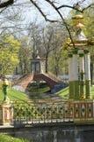 俄国 圣彼德堡普希金的郊区 Krestovy在Krestovy运河的桥梁18世纪 库存照片