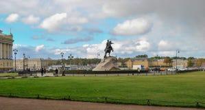 俄国 圣彼德堡:对彼得大帝的纪念碑 库存照片