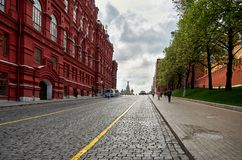 俄国 在红场附近的克里姆林宫段落在莫斯科 2017年5月25日 免版税库存图片