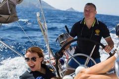 俄国水手参加在希腊海岛群中的航行赛船会第16 Ellada秋天2016年 图库摄影