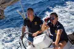 俄国水手参加在希腊海岛群中的航行赛船会第16 Ellada秋天2016年 库存图片