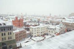 俄国 莫斯科全景从中央儿童` s商店的屋顶的 2018年2月11日 免版税图库摄影