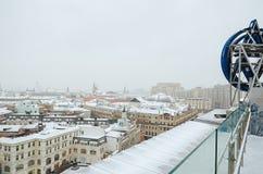 俄国 莫斯科全景从中央儿童` s商店的屋顶的 2018年2月11日 库存照片