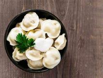 俄国pelmeni,馄饨,饺子用肉 库存照片