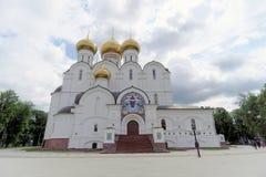 俄国yaroslavl - 6月3日 2016年 1507 1533年假定建立了大教堂年 免版税图库摄影